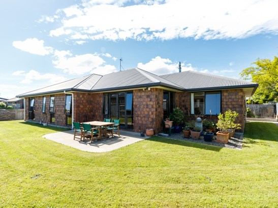 15 Masefield Terrace, Kelvin Grove, Palmerston North - NZL (photo 1)