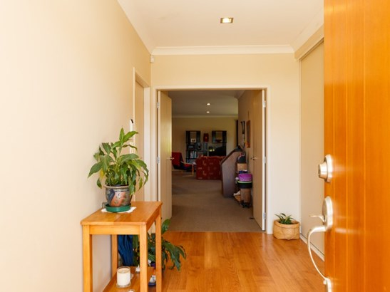 15 Masefield Terrace, Kelvin Grove, Palmerston North - NZL (photo 2)