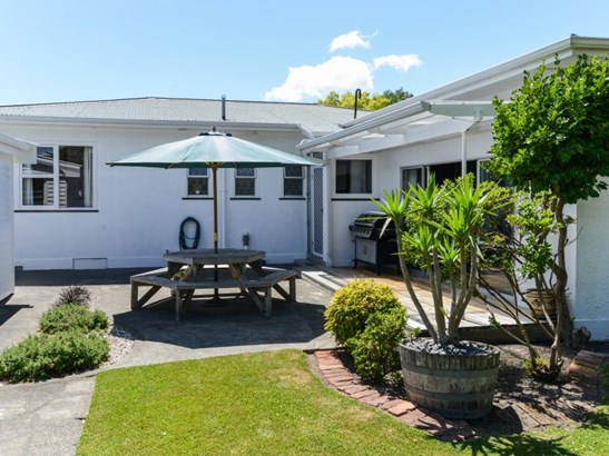 213 Tudor Avenue, Mayfair, Hastings - NZL (photo 4)