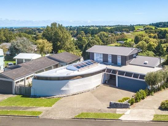 23 Tasman Views, St Johns Hill, Whanganui - NZL (photo 1)