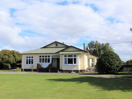 82 Aerodrome Road, Dannevirke, Tararua - NZL (photo 1)