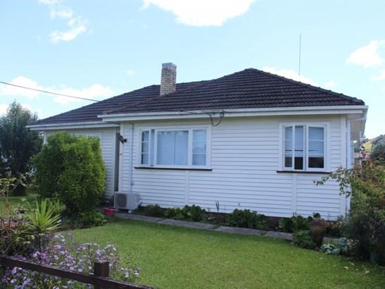 17 Ngarongo Street, Te Kuiti, Waitomo District - NZL (photo 4)