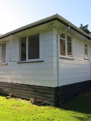254 Balmoral Drive, Tokoroa, South Waikato - NZL (photo 2)