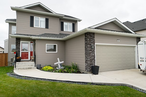 11 Cloverdale Crescent, Dugald, MB - CAN (photo 1)