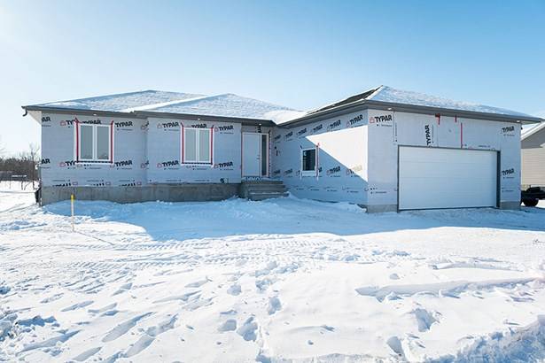 12 Sinclair Crescent, Tyndall, MB - CAN (photo 1)