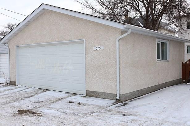 525 Jubilee Avenue, Winnipeg, MB - CAN (photo 2)
