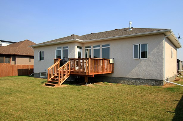 16 Frank Street, Oakbank, MB - CAN (photo 3)