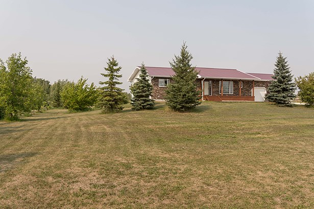 735 Chrypko Drive, Winnipeg, MB - CAN (photo 3)