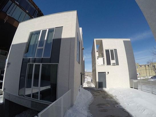 19-530 Waterfront Drive, Winnipeg, MB - CAN (photo 2)