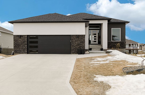 6 Sandcherry Drive, Oakbank, MB - CAN (photo 1)