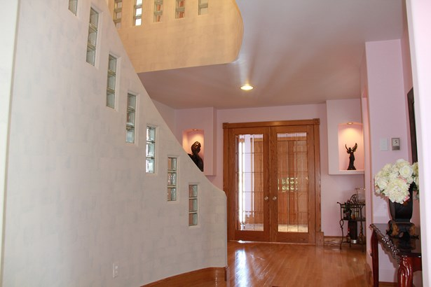 14 Maplewood Drive, Anola, MB - CAN (photo 2)