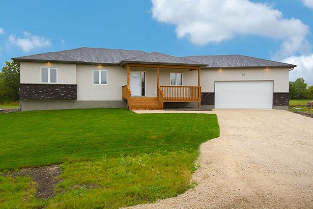 20 Sinclair Crescent, Tyndall, MB - CAN (photo 1)