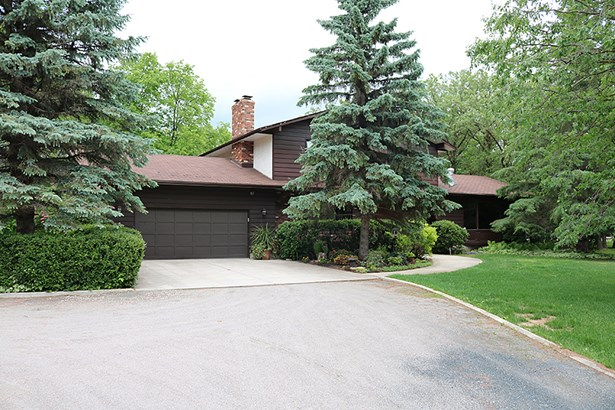 28097 Zora Road, Rm Of Springfield, MB - CAN (photo 3)