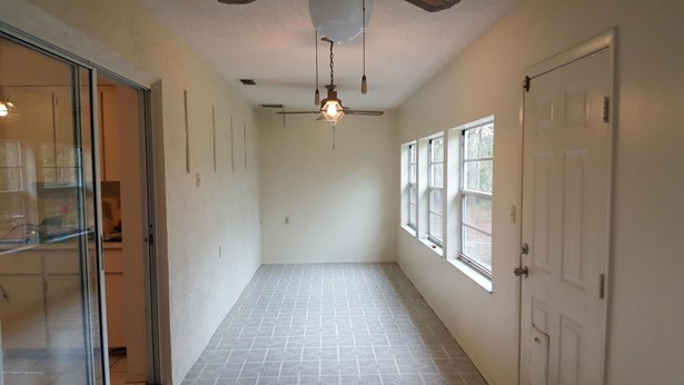 Single Family Residence, Ranch - Spring Hill, FL (photo 4)