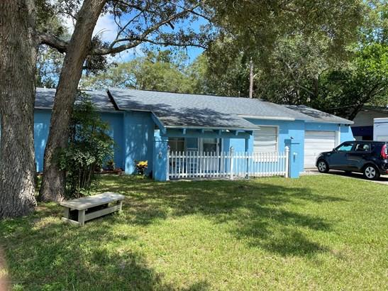 Single Family Residence, Ranch - Spring Hill, FL