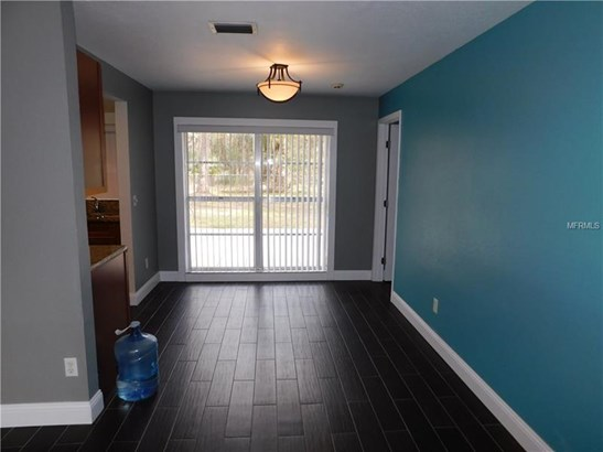 Single Family Residence, Contemporary - WESLEY CHAPEL, FL (photo 5)