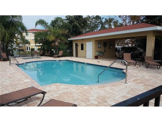 Condo - NEW PORT RICHEY, FL (photo 2)