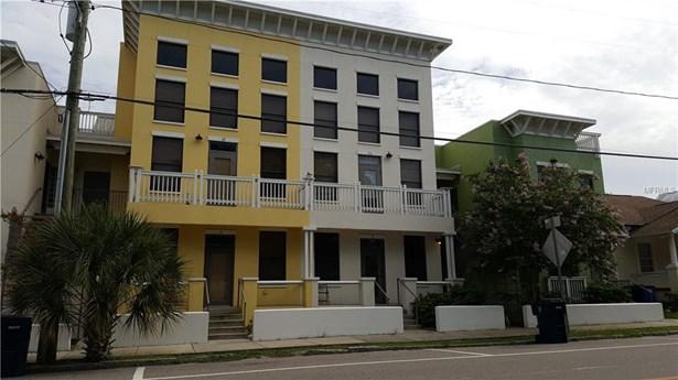 Condominium, Contemporary - TAMPA, FL (photo 1)
