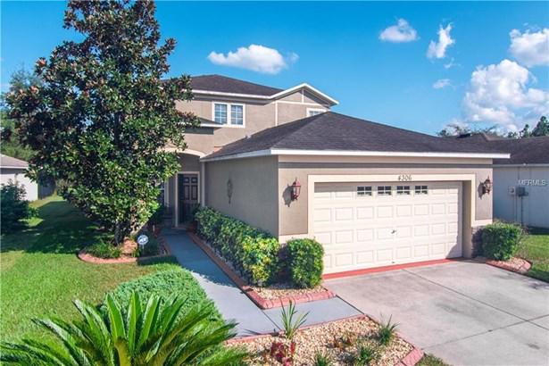 Single Family Residence - WESLEY CHAPEL, FL