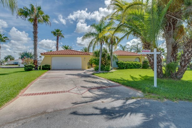 Single Family Residence, Mediterranean,Ranch - Hernando Beach, FL (photo 1)