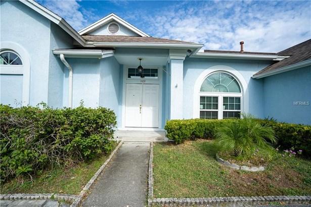 Single Family Residence - BRANDON, FL