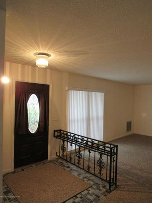 Single Family Residence, Contemporary - Port Richey, FL (photo 4)