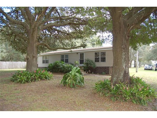 Traditional, Manufactured/Mobile Home - WESLEY CHAPEL, FL (photo 1)