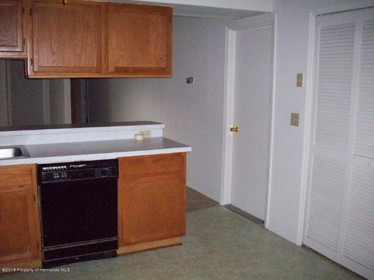 Single Family Residence, Contemporary - Orlando, FL (photo 3)