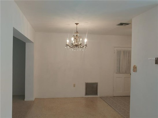 Single Family Home, Ranch,Traditional - ST PETERSBURG, FL (photo 5)