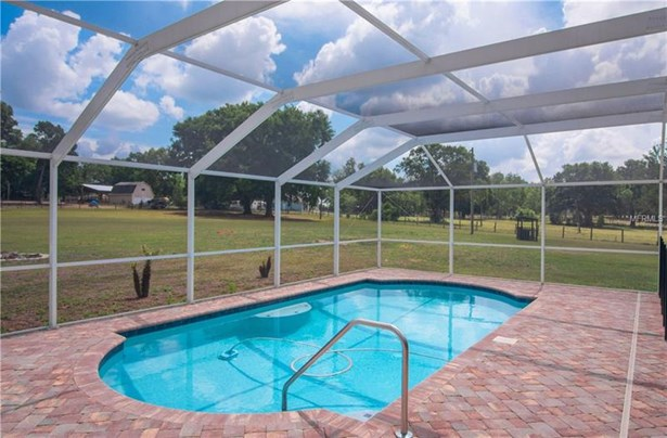 Single Family Residence, Traditional - DADE CITY, FL (photo 5)