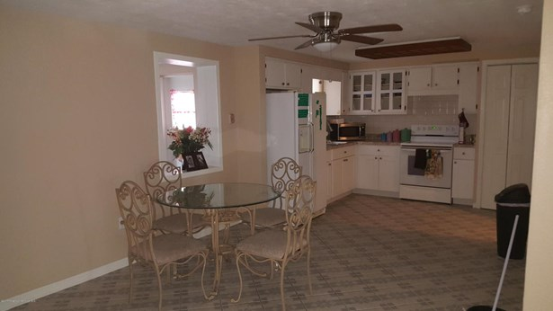 Single Family Residence, Ranch - Holiday, FL (photo 2)