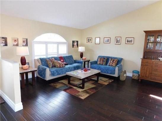Single Family Home, Contemporary - LUTZ, FL (photo 2)