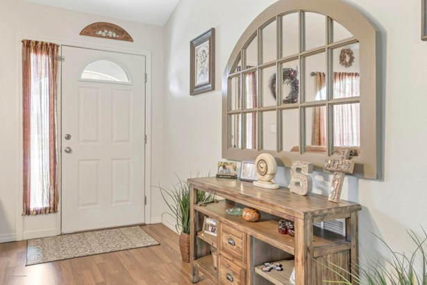 Single Family Residence, Contemporary - Brooksville, FL (photo 4)