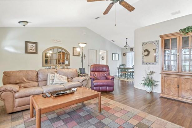 Single Family Residence, Contemporary - Brooksville, FL (photo 5)