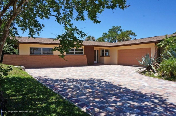 Single Family Residence, Ranch - Crystal River, FL (photo 1)