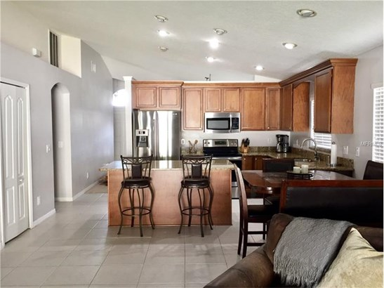 Single Family Home, Contemporary - WESLEY CHAPEL, FL (photo 3)
