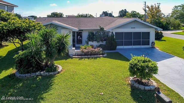 Single Family Residence, Ranch - Hernando Beach, FL