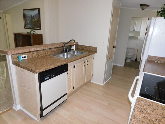 Manufactured/Mobile Home - ZEPHYRHILLS, FL (photo 5)