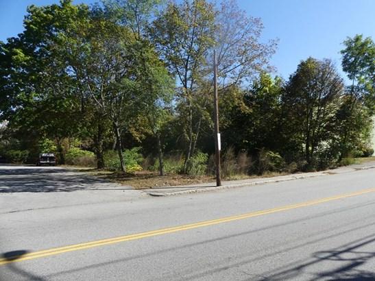 1514 Gorham St, Lowell, MA - USA (photo 3)