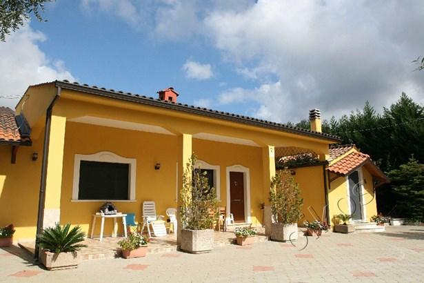 Via Burdo, Oria - ITA (photo 1)