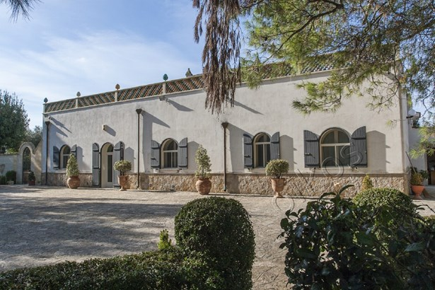 Via Latiano 215 Via Latiano, Oria - ITA (photo 2)