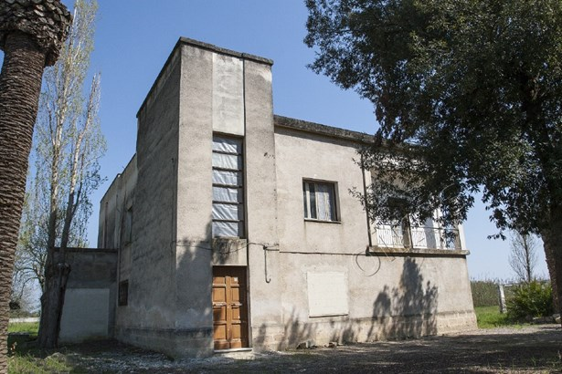 Viale Regina Margherita, Oria - ITA (photo 2)