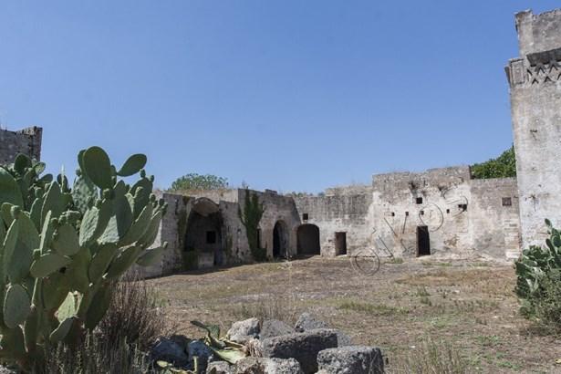 Via Manduria, Oria - ITA (photo 3)