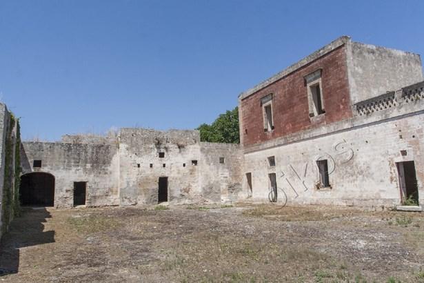 Via Manduria, Oria - ITA (photo 2)