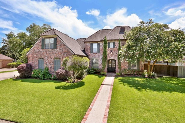 French,Traditional,Tudor, Detached Single Family - Broussard, LA (photo 1)