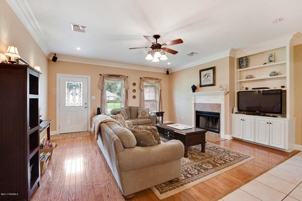 Detached Single Family, French - Youngsville, LA (photo 5)