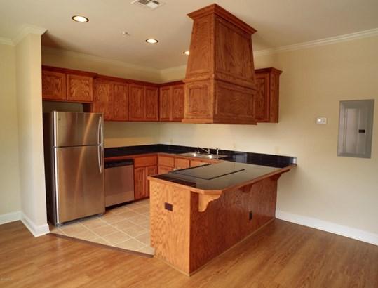 Apartment/Complex Unit, Traditional - Lafayette, LA (photo 5)