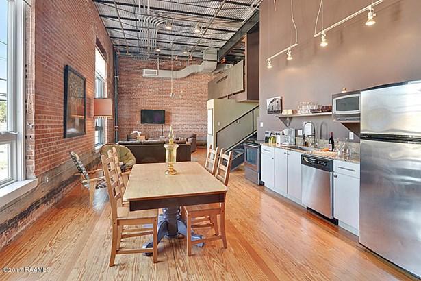Condominium,Attached Single Family, Contemporary - Lafayette, LA (photo 4)