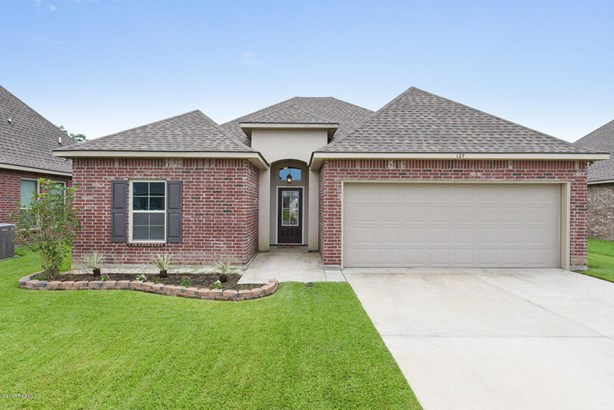 Detached Single Family, Contemporary - Youngsville, LA (photo 1)