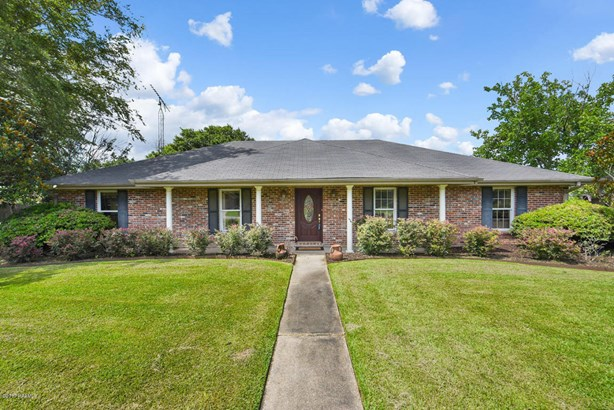 Detached Single Family, Traditional - Lafayette, LA (photo 2)